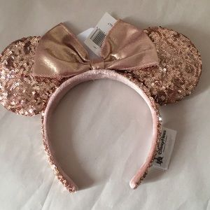 Walt Disney World Rose Gold Minnie Ears
